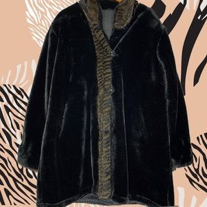 Vintage Long Faux Fur black & animal print L